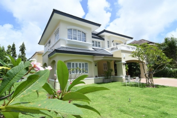 House For Rent Prime location Near Chalong Bay 4 Bedrooms 4 Bathrooms